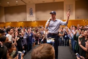 Presidential candidate Beto O'Rourke addressing the crowd at UNC